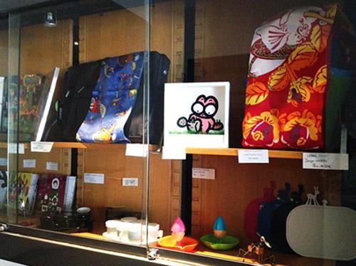 Photo d'un Chat-Pot à la boutique du Musée d'Art Moderne et d'Art Contemporain de Nice.